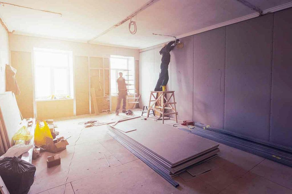 軽天工事・ボード貼り工事の有限会社ライトハウスです